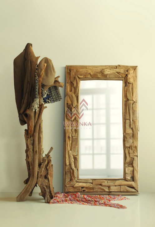 Angola Wooden Standing & Mirror