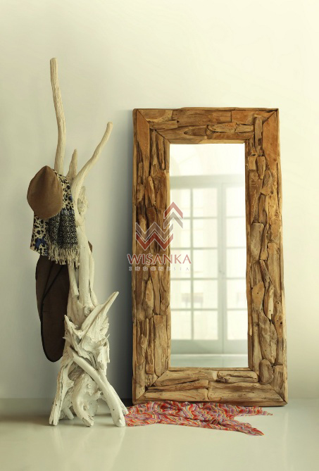 Asmat Wooden Standing Hanger